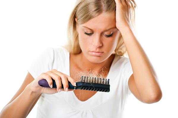 Como echar y que medios los cabellos que trenzan